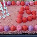 Cheesecake d'anniversaire a la fraise tagada