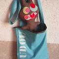 Les doudous et leur sac - chocolat turquoise