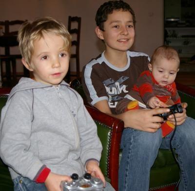 2008 01 PS2 3 gars