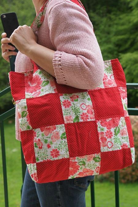 sac carrés rouges à pois