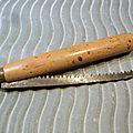 Ancien Couteau Scie Pliante Manche Bois Outil de jardinier.
