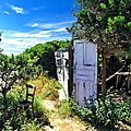 Cabane chaise Corse Iles Sanguinaires hdr 800p