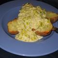 Pommes de terre au four et poireaux à la crème au bleu