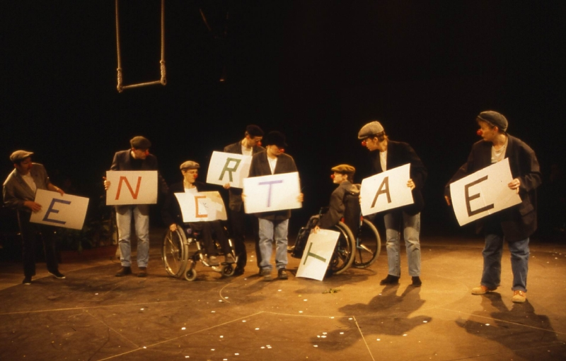 2000 spectacle 01
