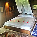 Accommodation in Kuta Lombok : Javanese wood house on the top of the hill overlooking Kuta's bay