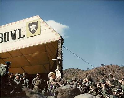 1954-02-18-korea-2nd_division-bulldozer_bowl-070-1
