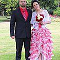 Les mariés en rouge et blanc