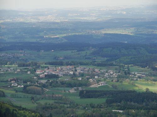 2008 05 12 Saint Jeures vu depuis le sommet du Pic du Lizieux