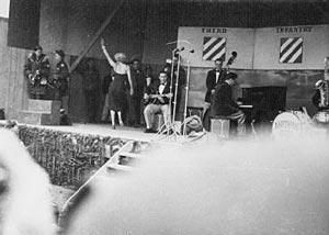 1954-02-17-korea-3rd_infrantry-stage_out-030-15