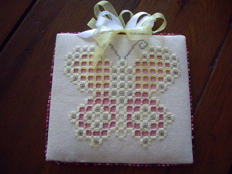 BRODERIE 041