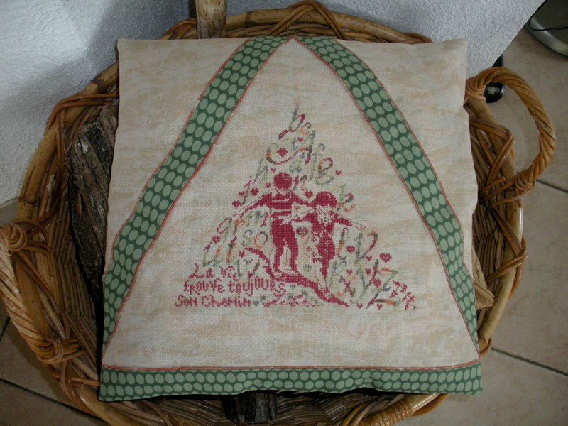 coussin triangle (1)