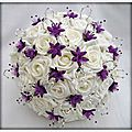 decoration-table-mariage-bouquet-violet-blanc