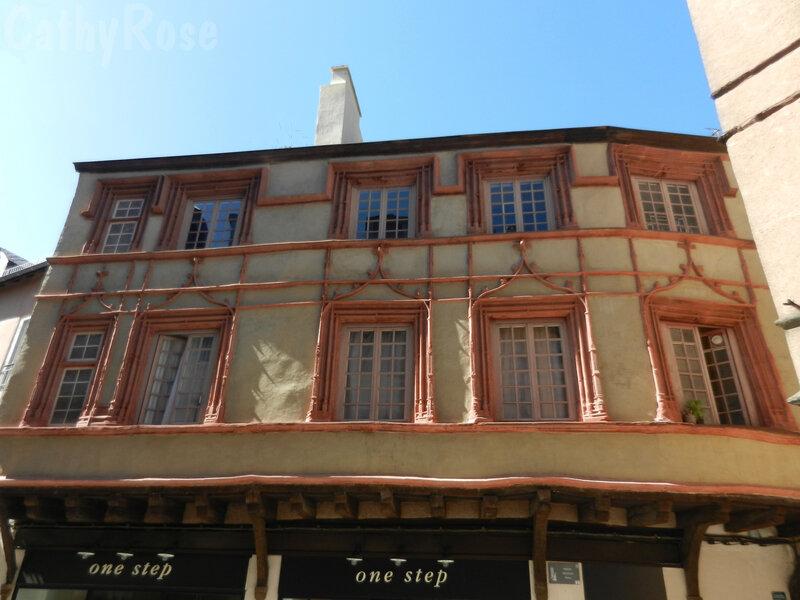 && Maison Trouillet
