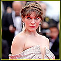 <b>Milla</b> <b>Jovovich</b> incarnera le lieutenant Artemis dans Monster Hunter
