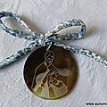 Médaillon de la Sainte Famille (sur cordon Eloïse bleu) - 22 €