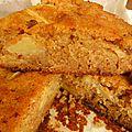Le gâteau d'automne par excellence: pommes, pain d'épice, raisins secs