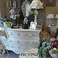 - meubles relookés, objets peints brignais