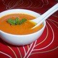 Soupe acidulée aux tomates