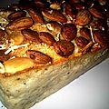 Cake thon-olives et sa carapace d'amandes