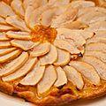 Tarte fine aux pommes et confiture de clémentine aux saveurs de pain d'épices