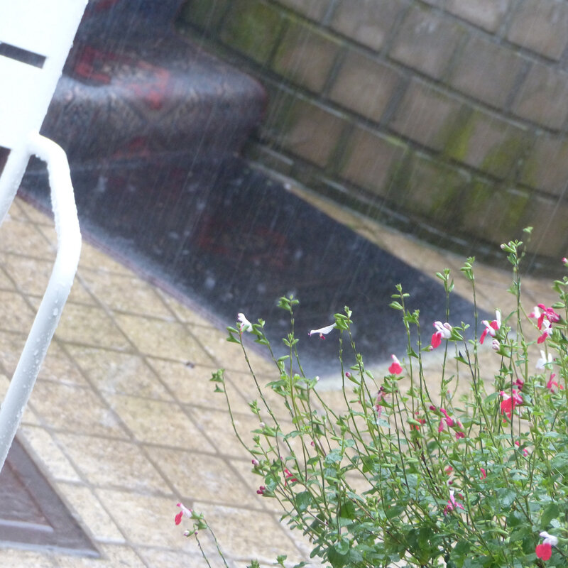 LES AMBIANCES MAISON la pluie le sombre