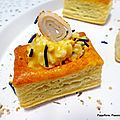 Mini rectangle feuilleté (longo) au <b>surimi</b> mayonnaise et spiruline