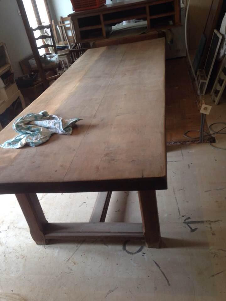 En Atelier : Grande table de ferme en Chêne .....Relooking