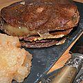 Compte-à-rebours enclenché! Kémia breizh en mille feuilles: crêpes de blé noir, camembert, andouille et <b>pomme</b>
