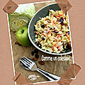 <b>Salade</b> comme un coleslaw....(chou chinois carottes pommes grany)