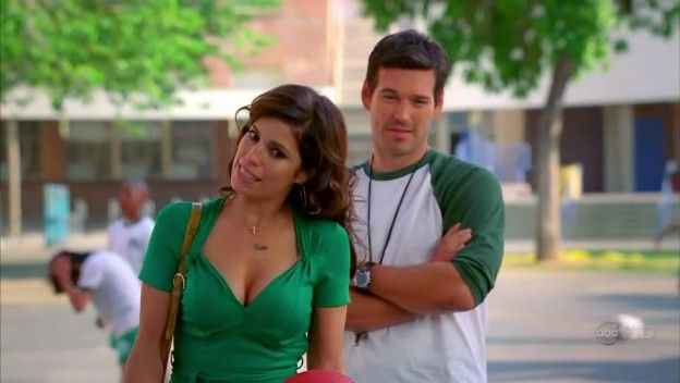 Ugly Betty - 2x17 - The Kids Are Alright 09