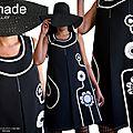 Noir & blanc chez isamade : une robe trapèze de printemps 2017 graphique fleurie aux accents seventies