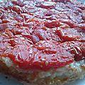 Tatin de tomates, pate brisée au parmesan.