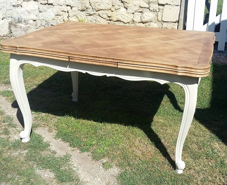 Table ancienne relookée