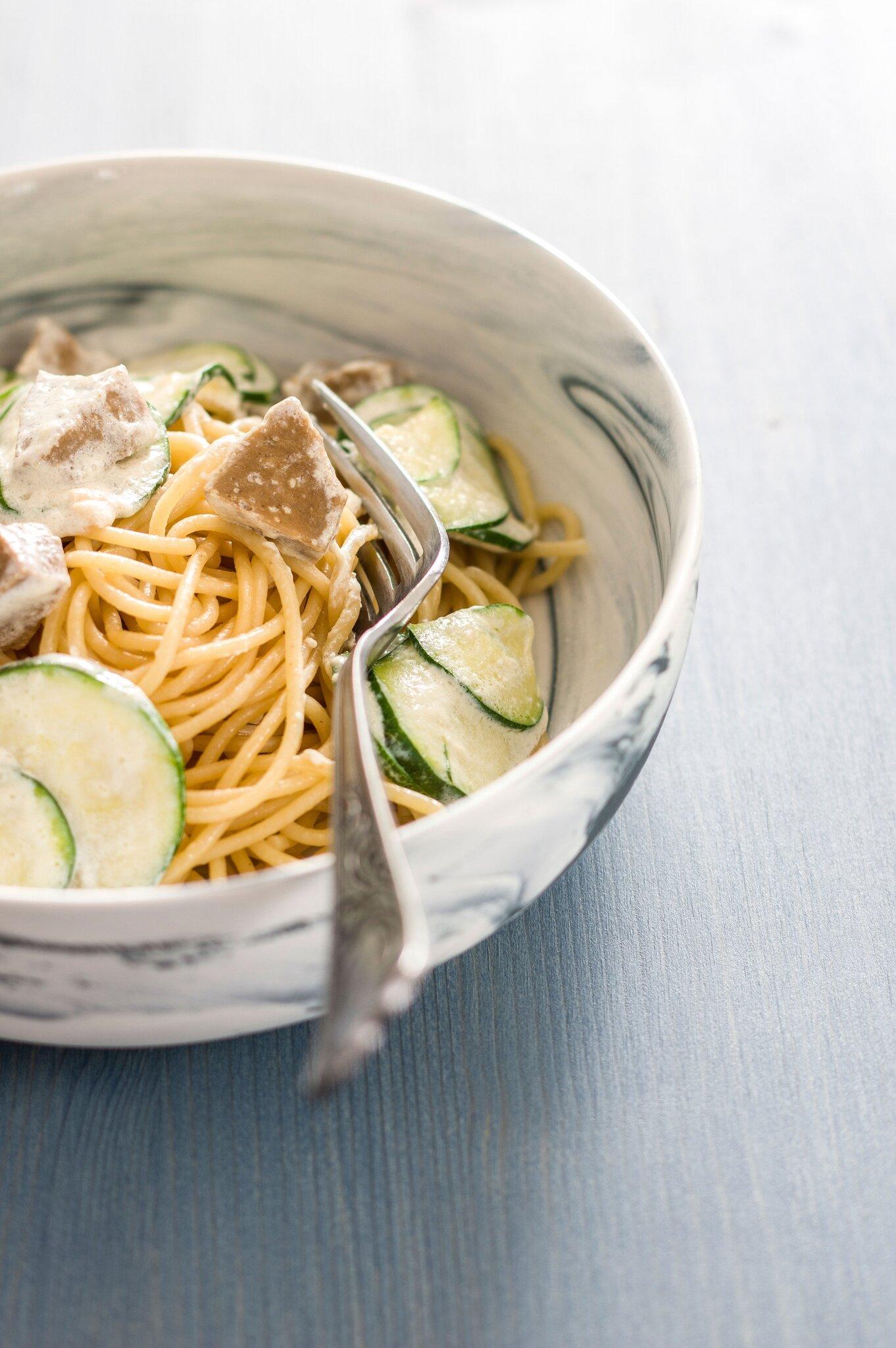 Spaghetti quinoa, seitan & crème soja