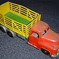 00882 CAMION FOURRAGERE <b>BETAILLERE</b> MARQUE TUDOR