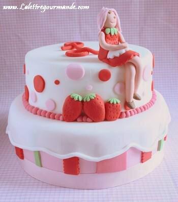 gateau-charlotte-fraises-L-1