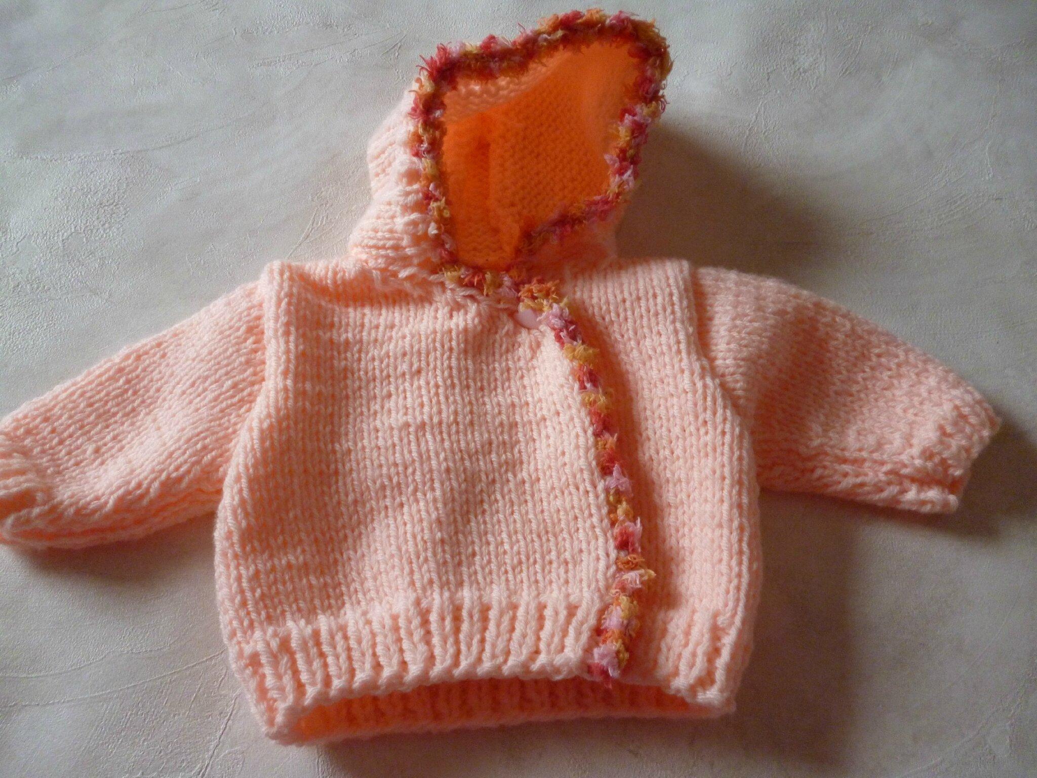vestea capuche bébé Modèle NANA taille 1 à 3 mois PRIX 22€