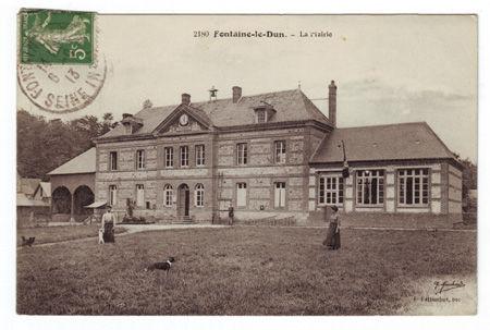76 - FONTAINE LE DUN - La Mairie