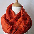 Foulard <b>ethnique</b> de forme col ou snood en tissu indien orange