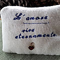 Cuscino amorevole - Loving <b>Cushion</b>- Coussin d'amour