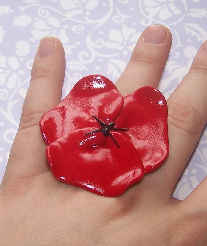 bague coquelicot rouge (8€)