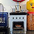 Une petite cuisinière électrique Heiliger des années <b>50</b> qui fonctionne comme une vraie... Impressionnant !
