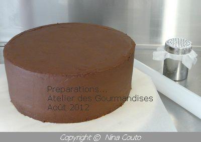 Preparation du gâteau, chocolat/ lemon curd
