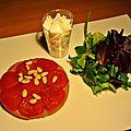 Petite tatin aux tomates cerises, espuma de chèvre au miel