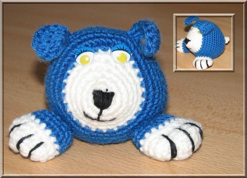 chien bleu et blanc