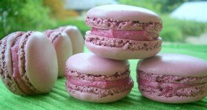macarons_cassis_et_biscuits_customis_s_002