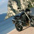 Street Triple moto