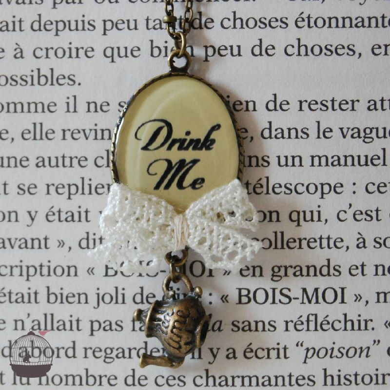 Collier DRINK ME