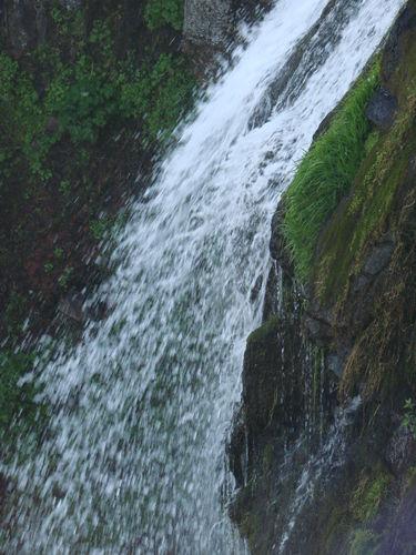 2008 05 23 La cascade qui se rouve près du Mont Mézenc (4)