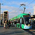 Les tramways de bâle desservent saint louis
